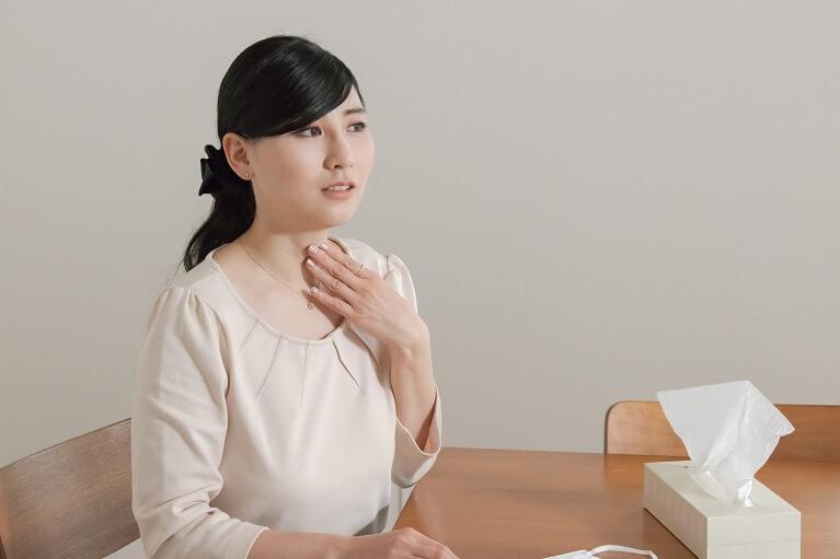 鼻水が喉の方へと流れ落ちる後鼻漏(こうびろう)