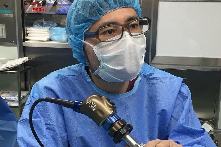 短期入院による鼻中隔矯正術、粘膜下下鼻甲介切除術、後鼻神経切断術